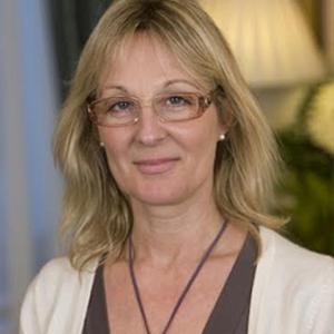 Dr Felicity Plaat